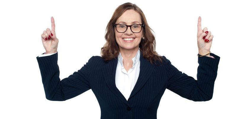 woman pointing to free coaching tools